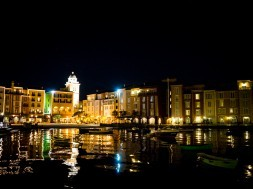 Portofino Bay Hotel at night
