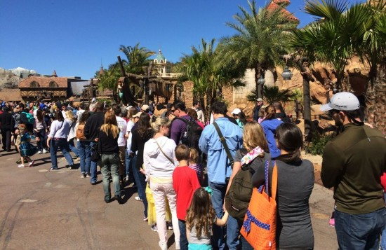 Extended FastPass+ queue for Little Mermaid.