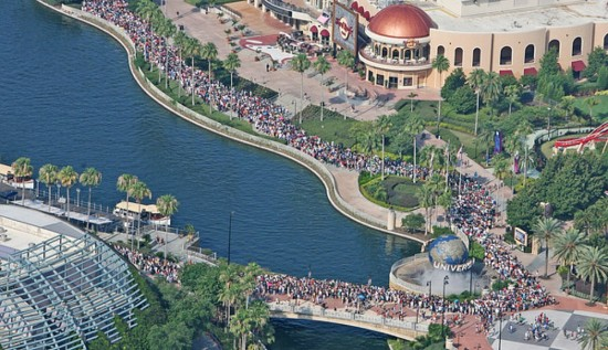 Opening day crowds for Hogsmeade - June 2010 (via Orlando Sentinel).