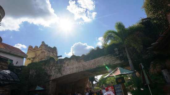 Blue skies in Islands of Adventure.