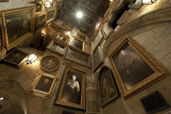 Forbidden Journey's portrait room
