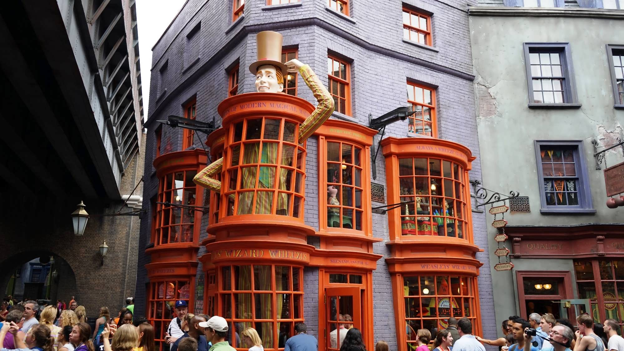 Weasleys' Wizard Wheezes in The Wizarding World of Harry Potter - Diagon Alley at Universal Studios Florida