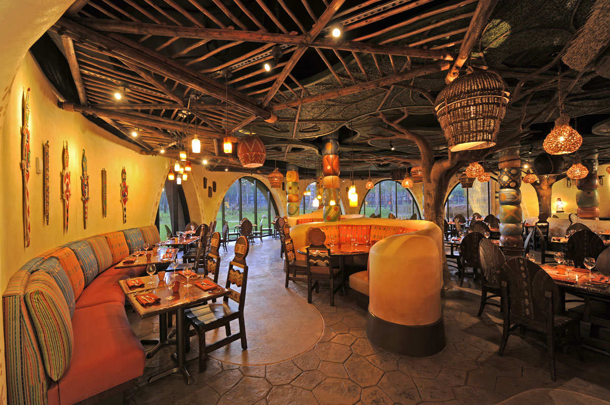Disney S Best Dining Not In The Parks