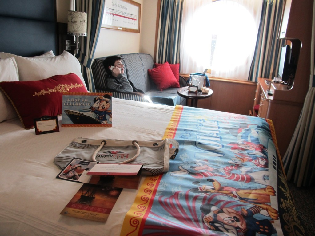 6-inside-the-stateroom