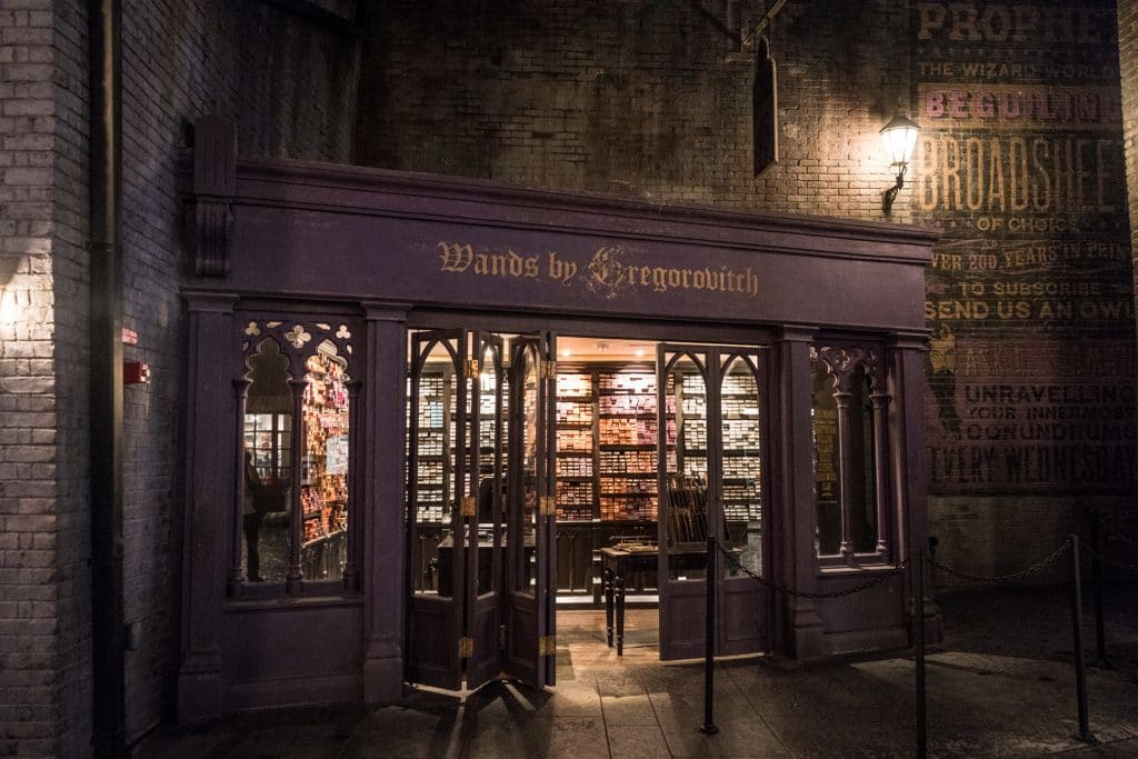Shopping merchandise at wizarding world of harry potter for Gregorovitch wand