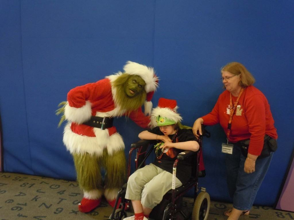 Photo Op with the Grinch in 2012