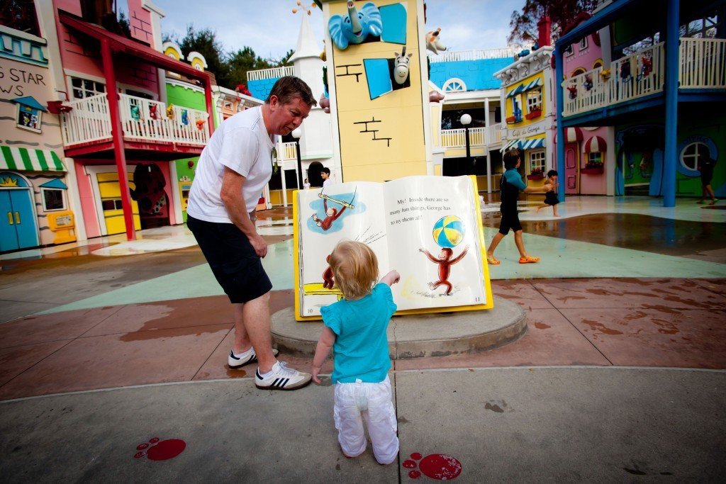 Reviews of Curious George Goes to Town at Universal Studios Florida