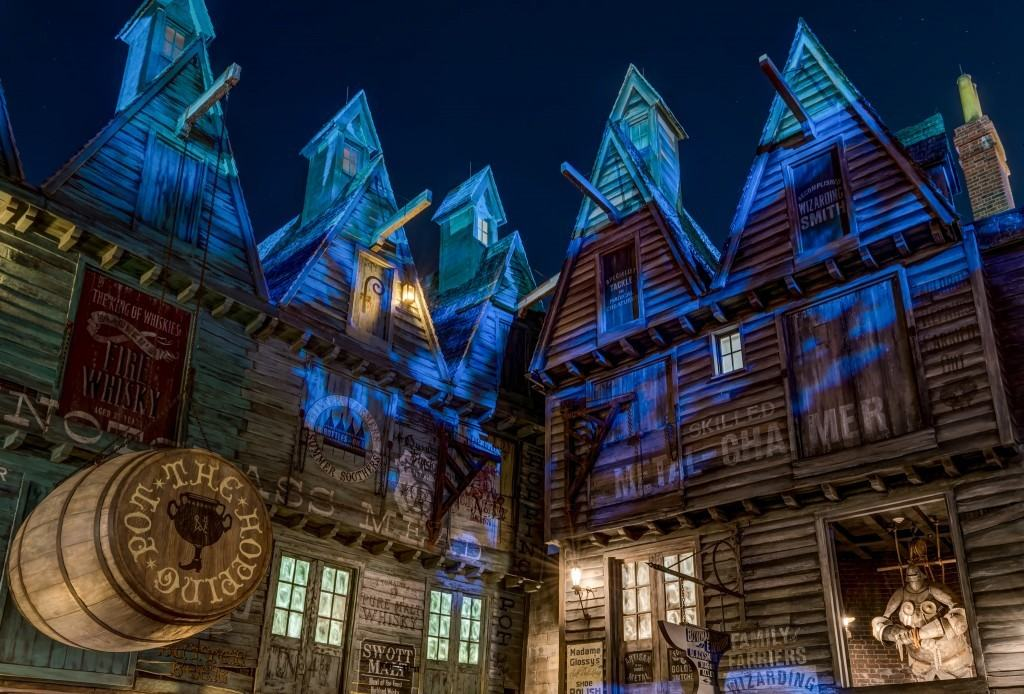 Details at The Wizarding World of Harry Potter - Diagon Alley