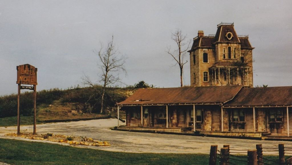 Bates Manor 1991 Universal Studios Florida