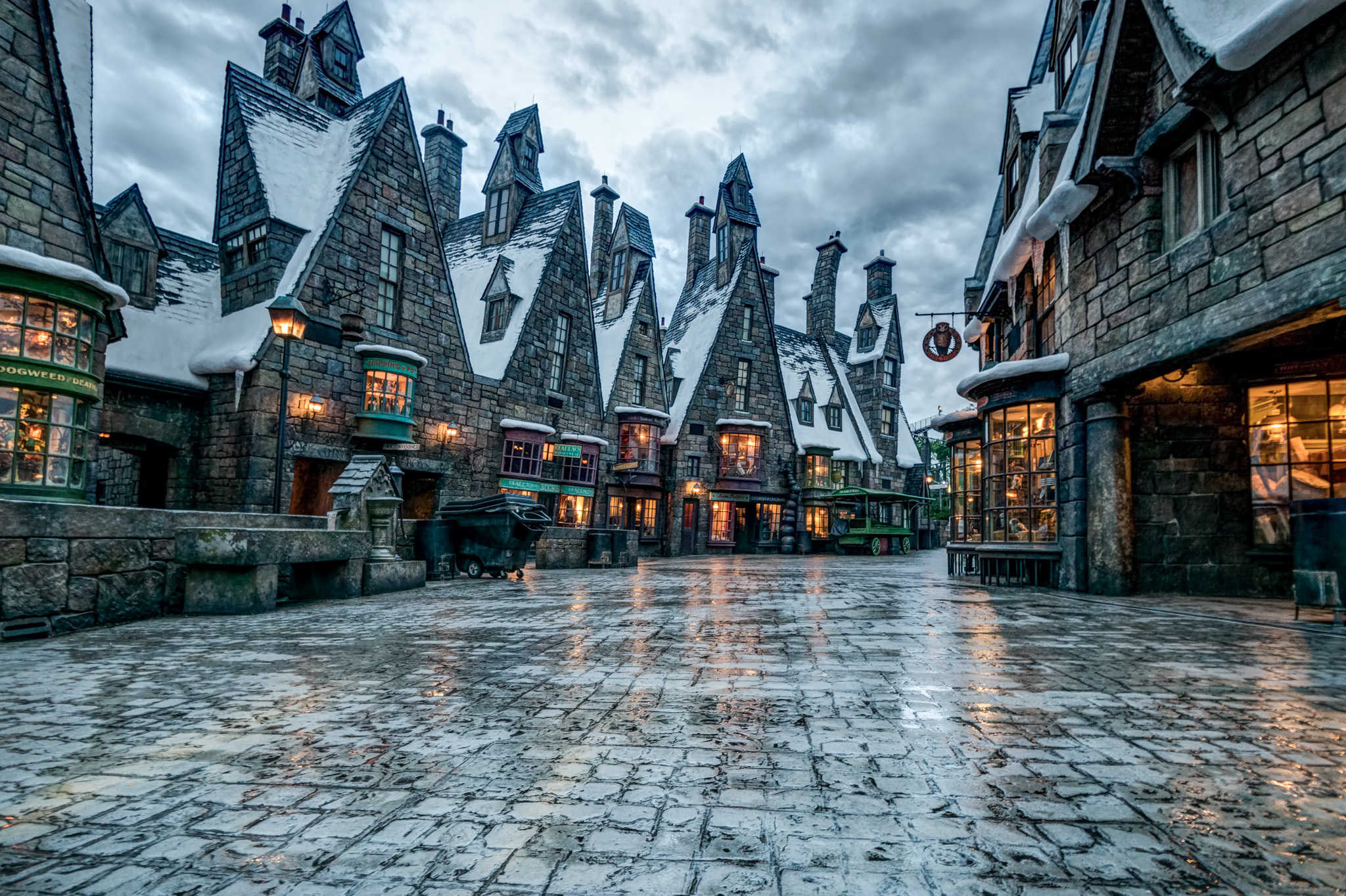 9 remarkable photos of the Wizarding World after hours
