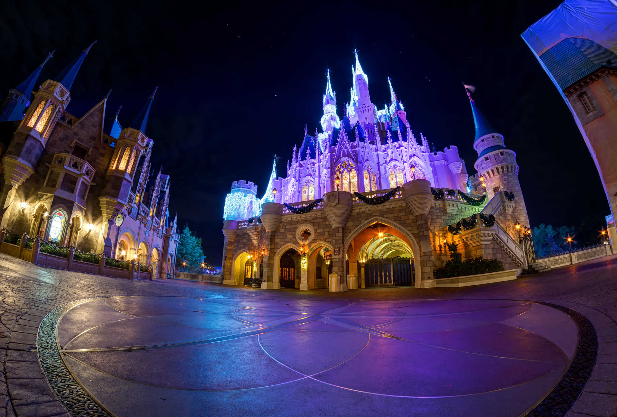 6 beautiful photos of Cinderella Castle at Disney World
