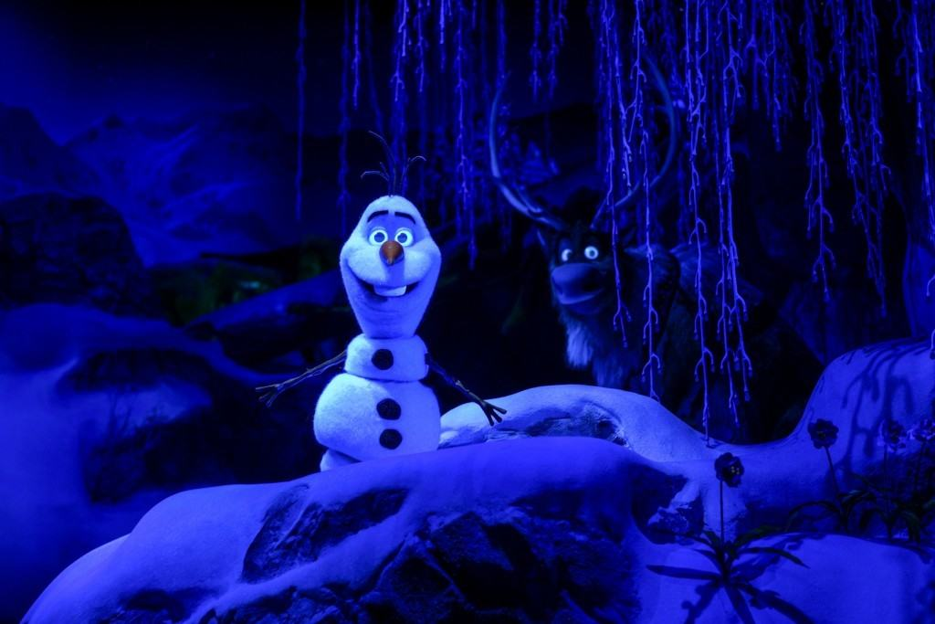 Olaf and Sven on Frozen Ever After