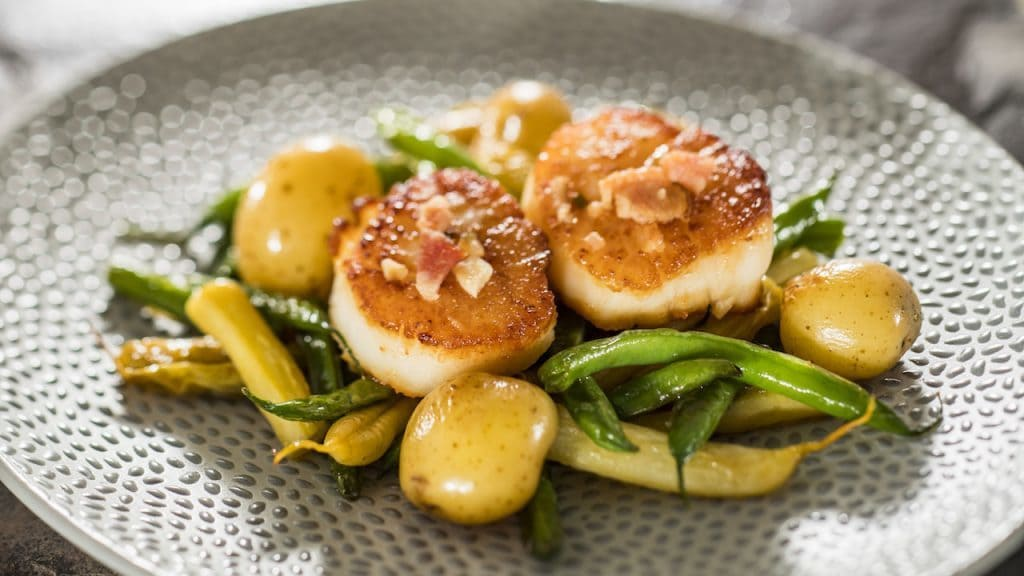 Seared Scallops with French Green Beans, Butter Potatoes, Brown Butter Vinaigrette and Apple-wood Smoked Bacon (gluten-friendly)