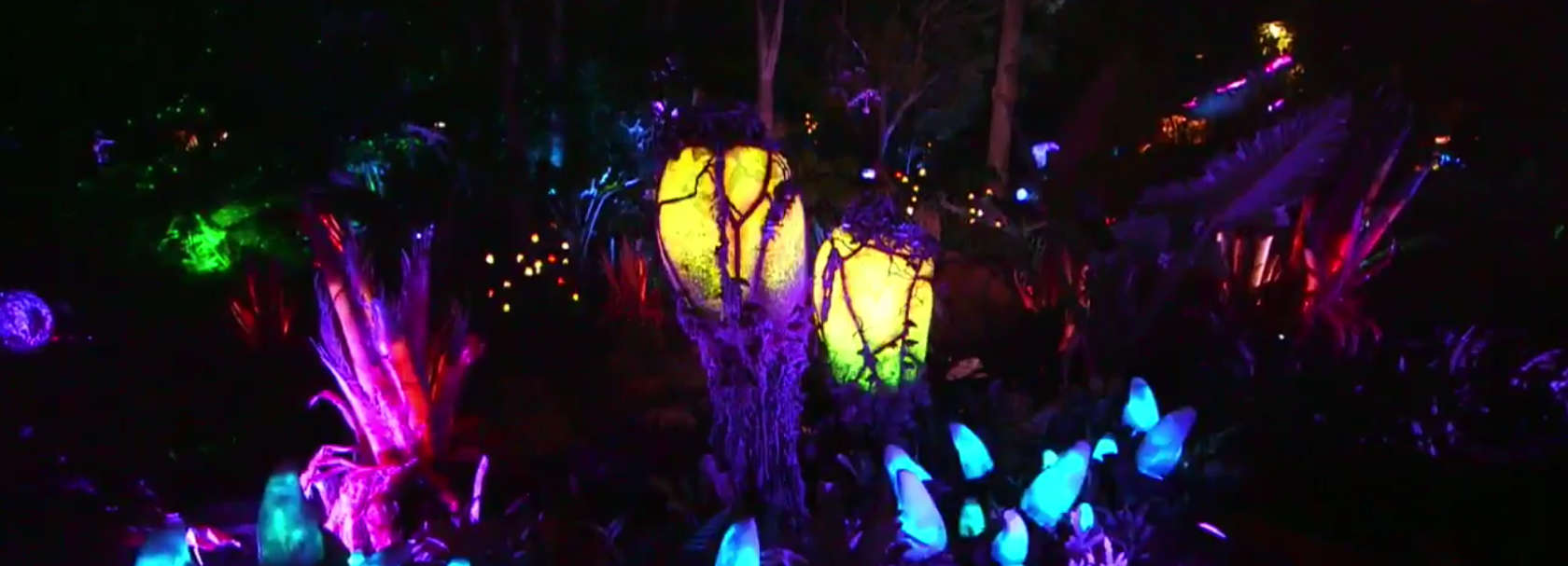 Native Bioluminescent Plants Found Within Pandora