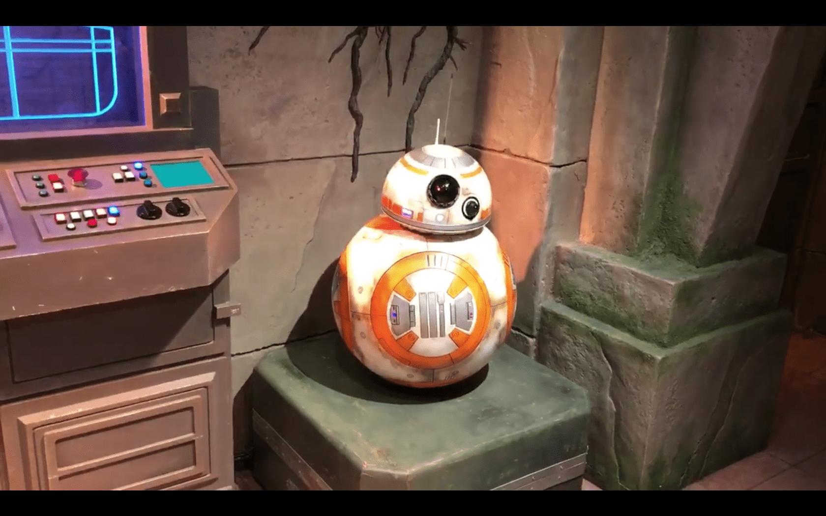 BB-8 Meet and Greet debuts at Hong Kong Disneyland