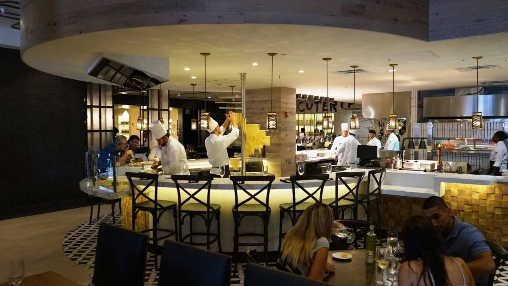 Vivo Italian Kitchen At Universal Citywalk Orlando Full