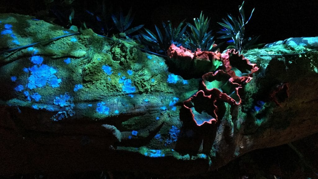 Bioluminesent plants in Pandora: The World of Avatar