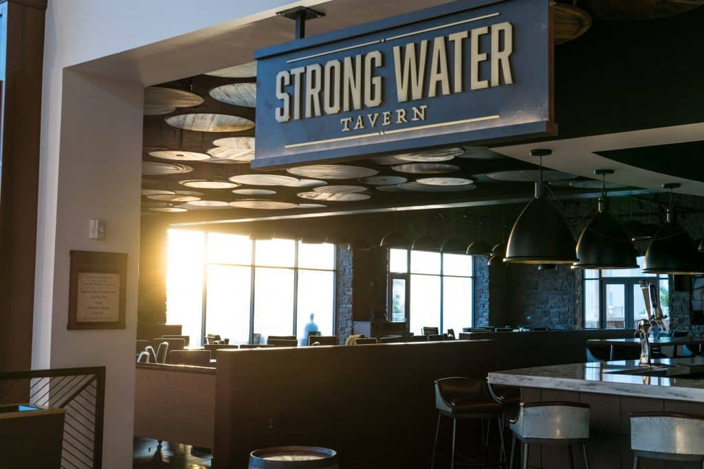 Strong Water Tavern at Loews Sapphire Falls at Universal Orlando Resort
