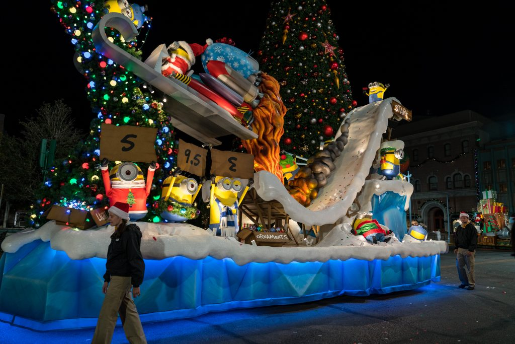 The Minions at Universal's Holiday Parade Featuring Macy's