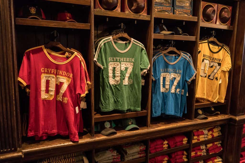 5109c1e2e Shopping & merchandise at Wizarding World of Harry Potter – Diagon Alley