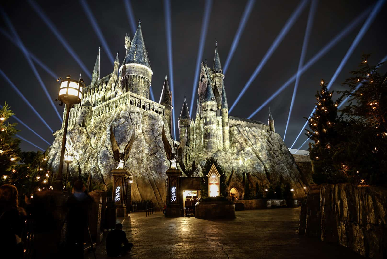 Castle Island Halloween 2020 The Nighttime Lights at Hogwarts Castle at Universal's Islands of