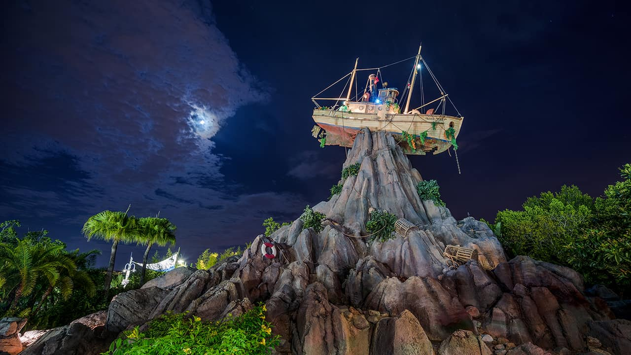 Disney's Typhoon Lagoon to debut summer nighttime event