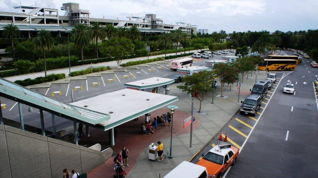 Universal Orlando's guest drop off area