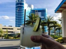 Drink in front of Aventura Hotel