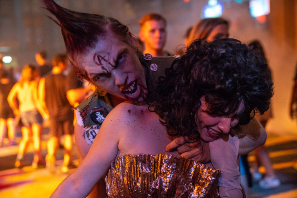 Vamp '85: New Year's Eve at Halloween Horror Nights 2018