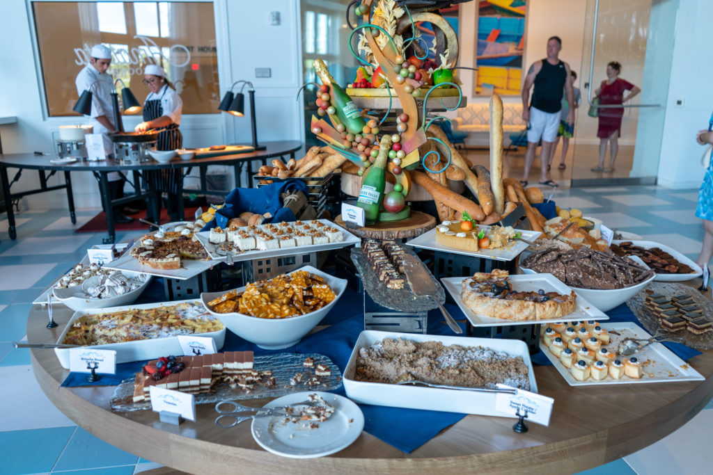 Thanksgiving at Sapphire Falls Resort's Amatista Cookhouse