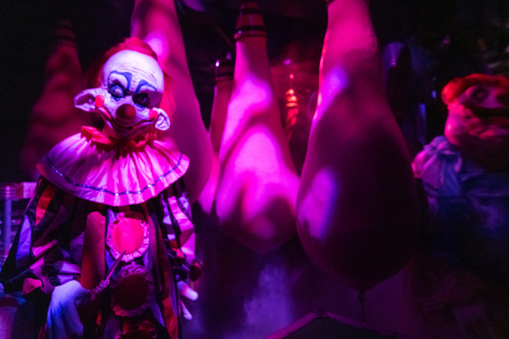 Killer Klowns from Outer Space at Halloween Horror Nights 2019