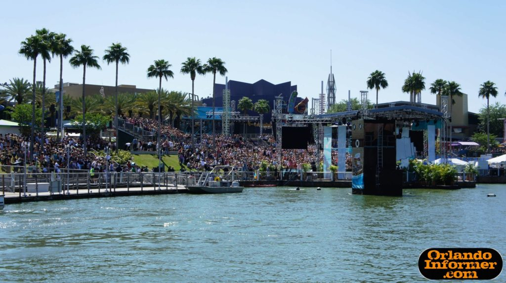 Ellen DeGeneres taping at Universal Orlando back in 2011 (check out the retro OI logo!)