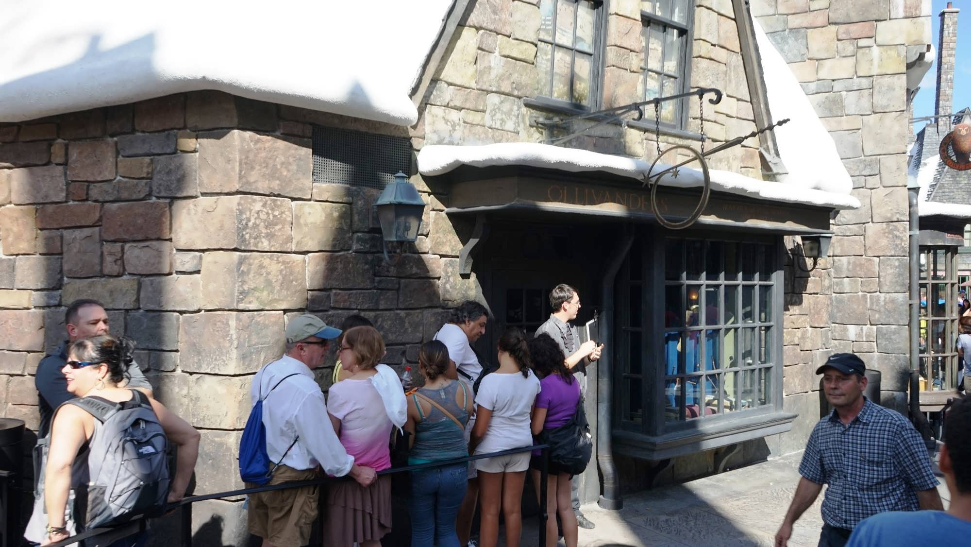 Ollivanders – Hogsmeade location.