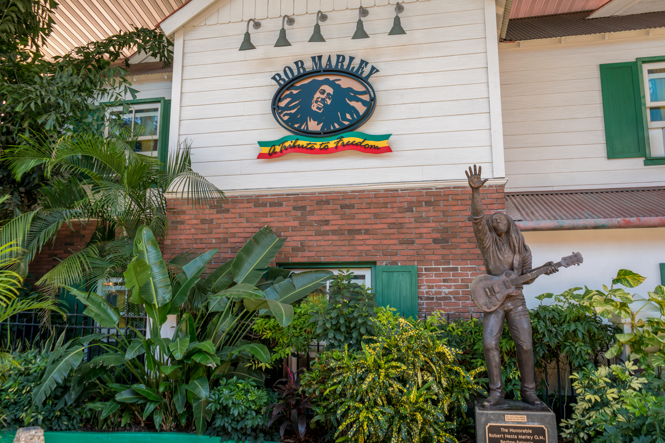 Bob Marley – A Tribute to Freedom features a bronze statue of Marley out front.
