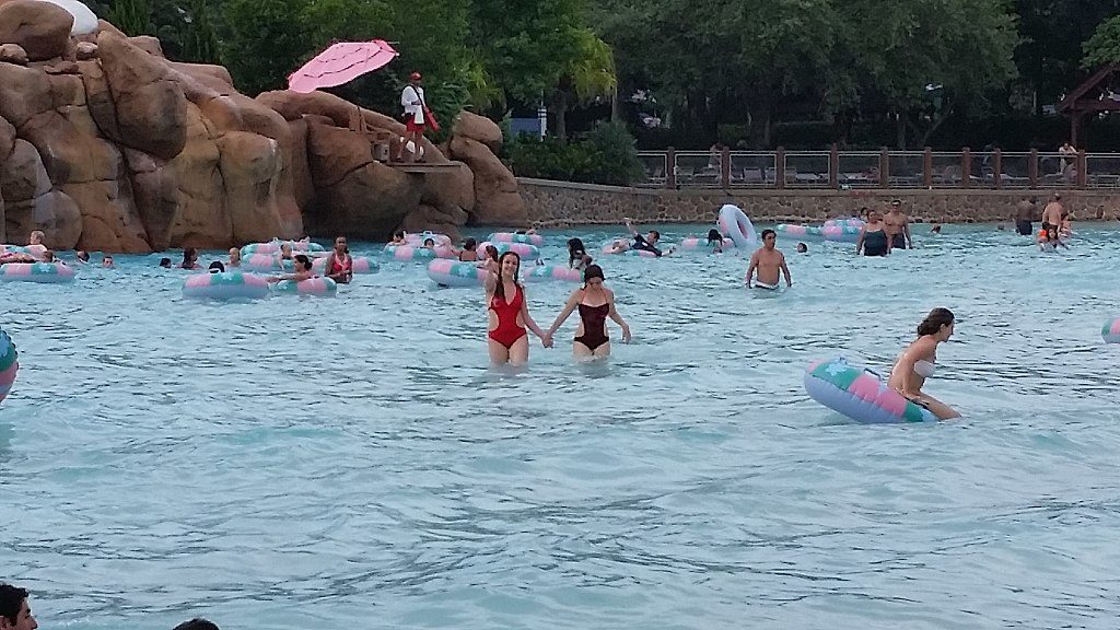 Blizzard Beach's wave pool