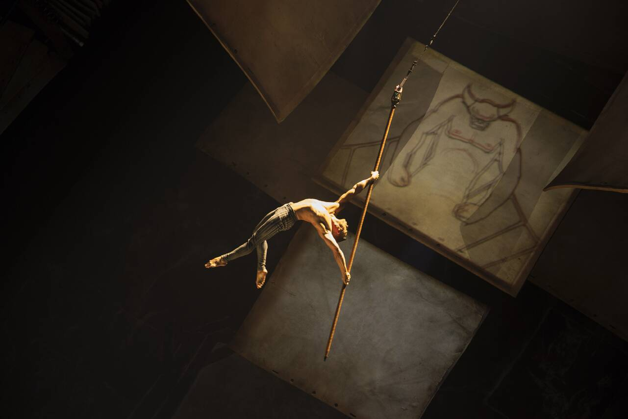 First look: Cirque du Soleil's Drawn to Life