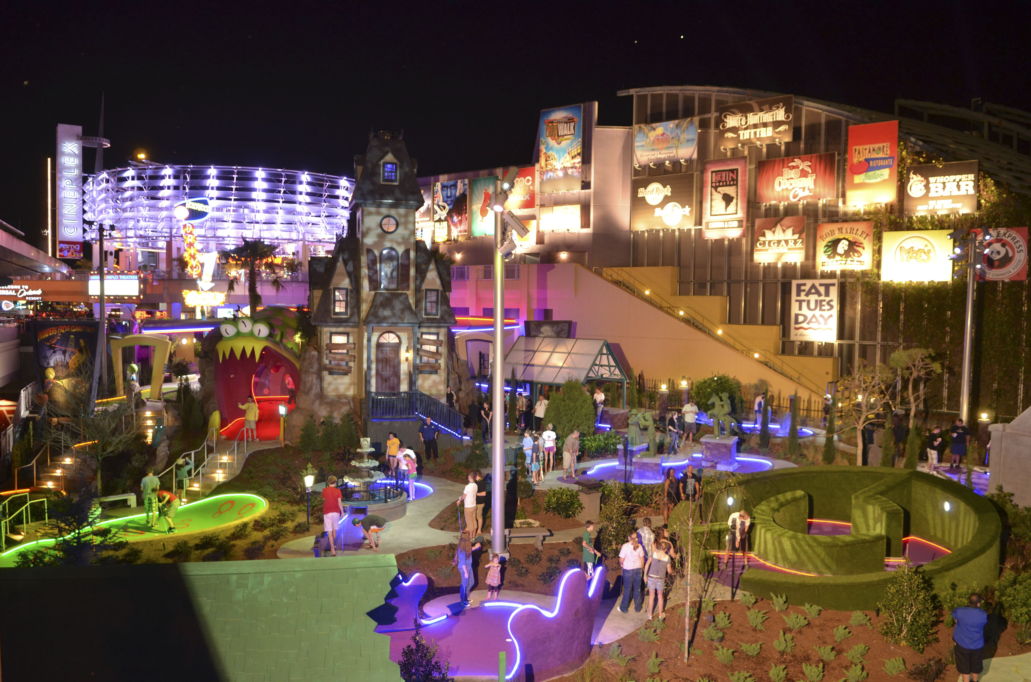 Hollywood Drive-In Golf at Universal CityWalk Orlando