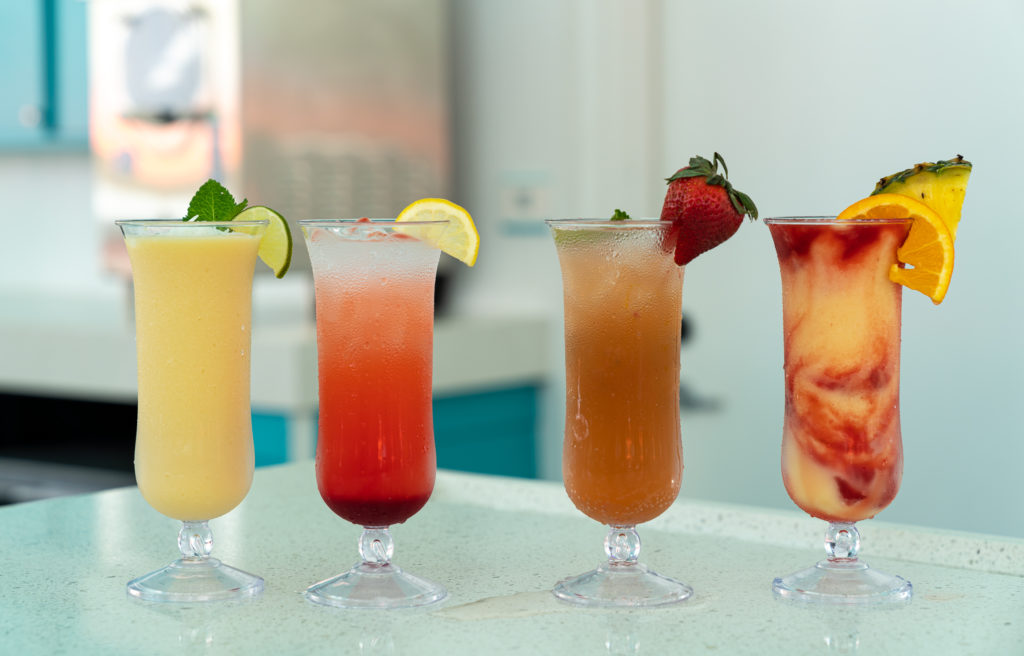 Drinks from Sand Bar at Universal's Endless Summer Resort – Surfside Inn and Suites