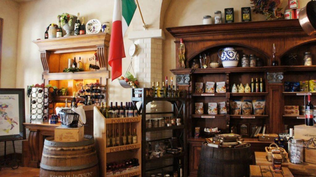 Sal's Market Deli at Loews Portofino Bay Hotel