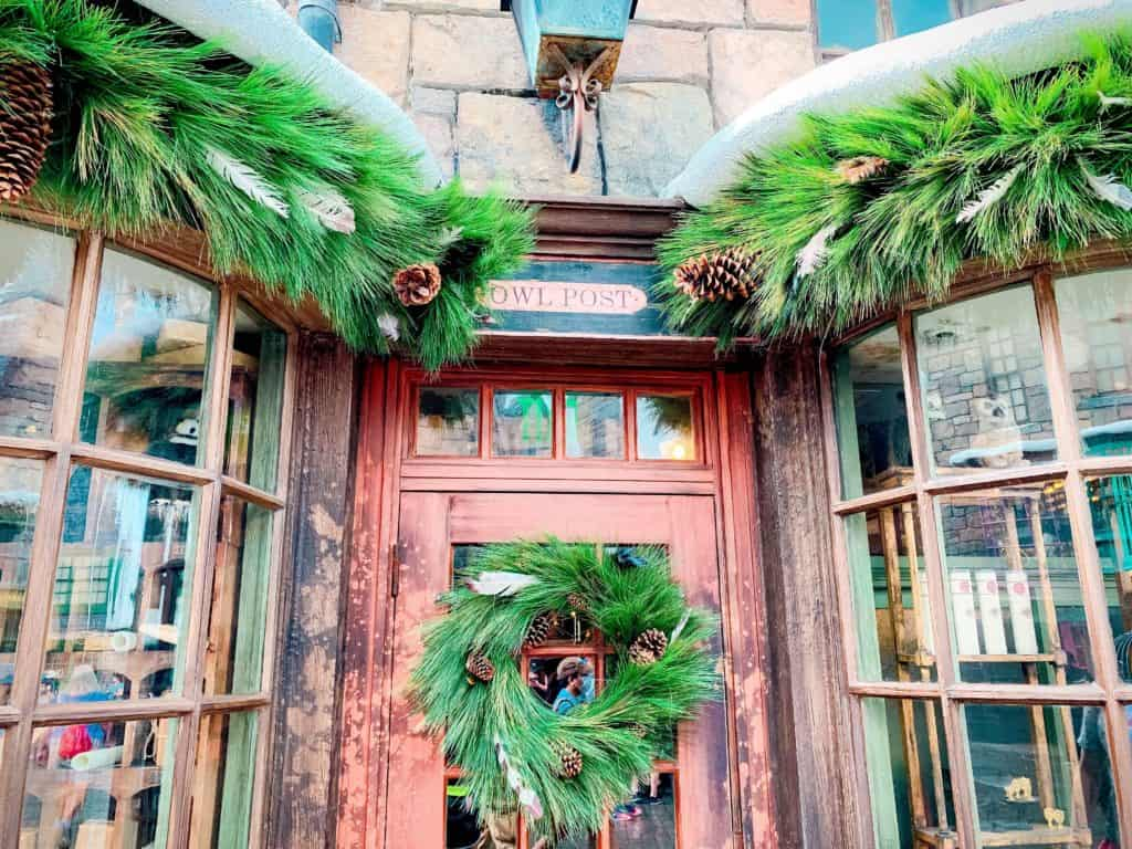 Christmas decorations in The Wizarding World of Harry Potter - Hogsmeade