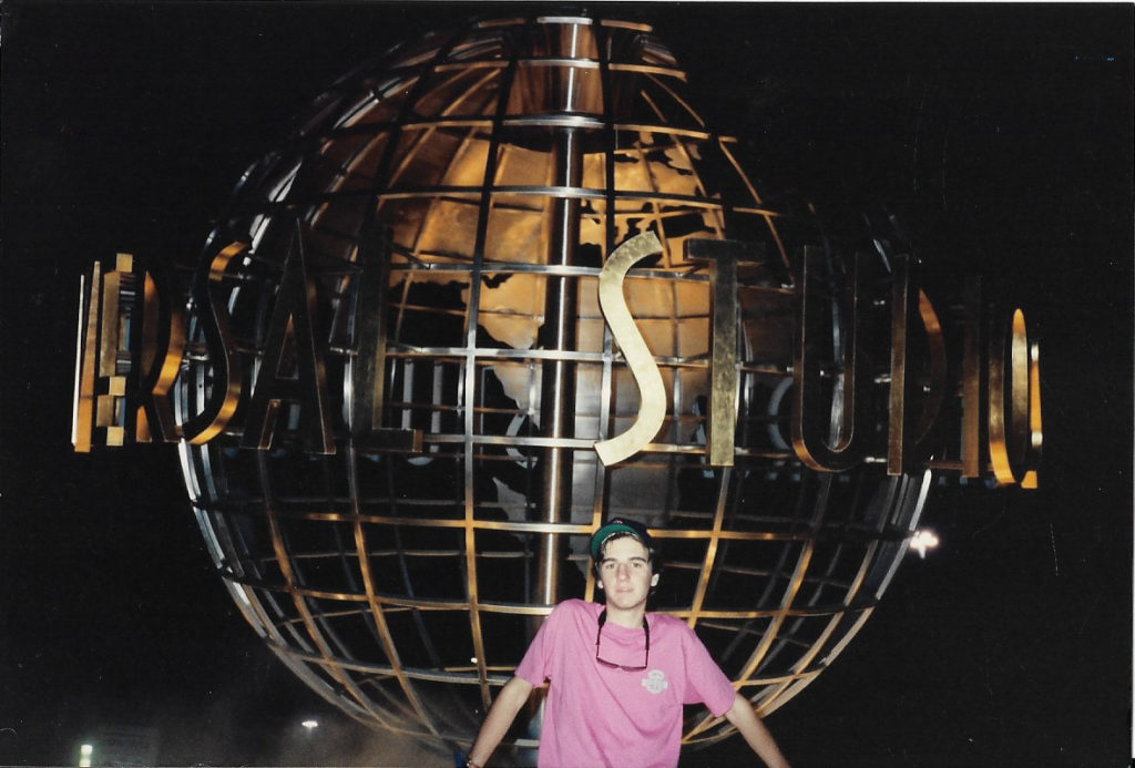 The original Universal globe, in all her glory