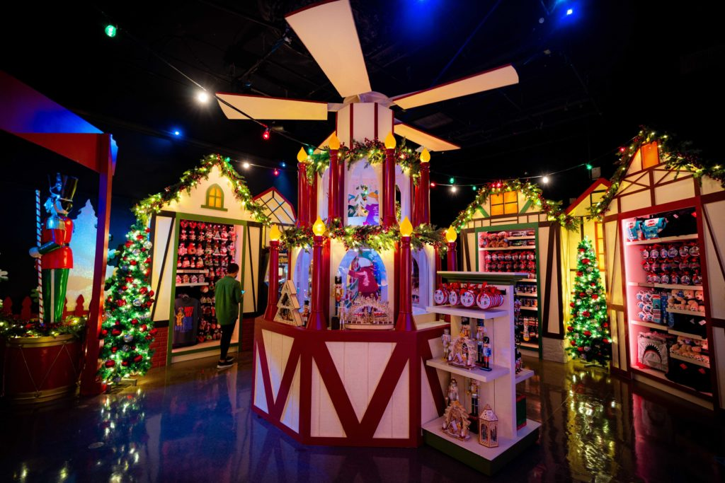 Universal's Holiday Tribute Store 2020