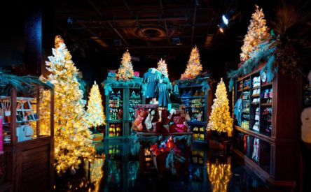 Inside Universal Orlando's first-ever Holiday Tribute Store