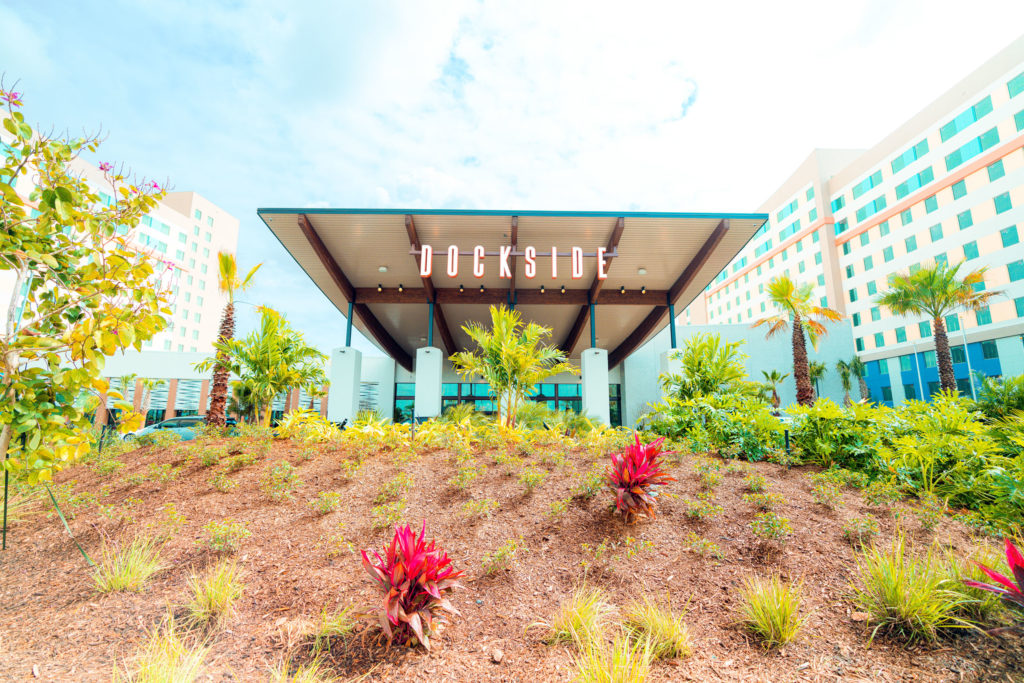 Dockside Inn and Suites exterior