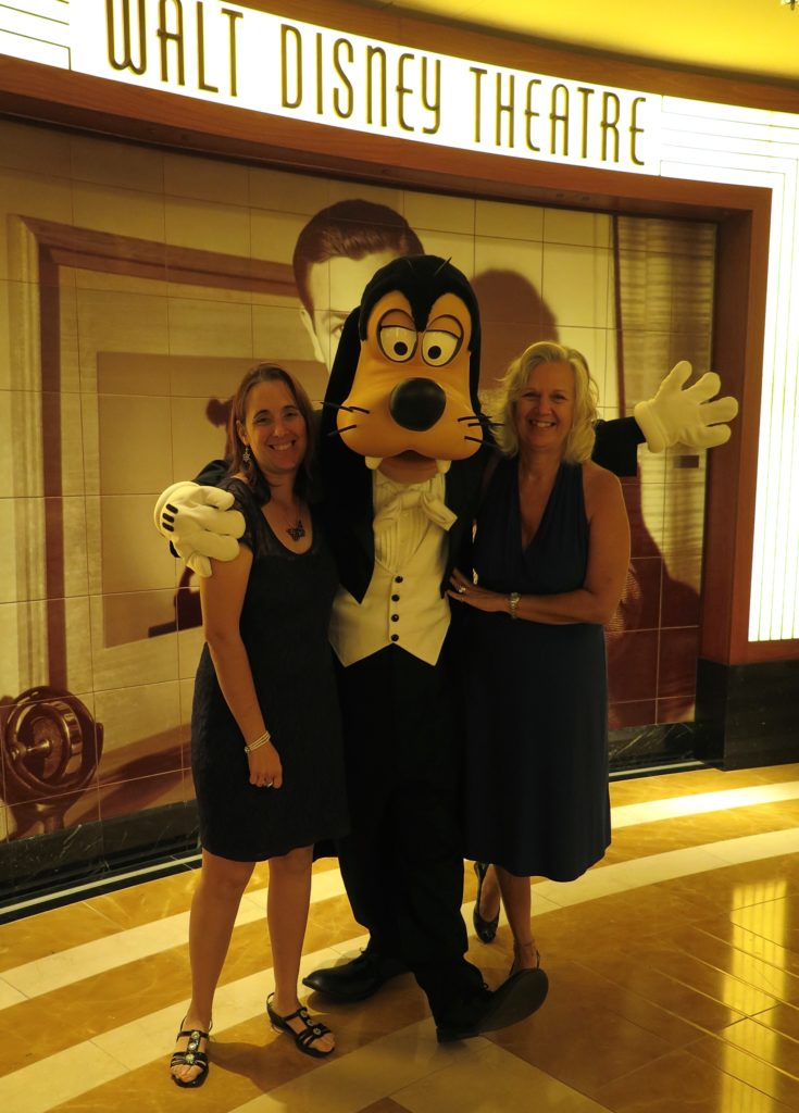 Meeting-'n-greeting with Goofy on the Disney Cruise Line