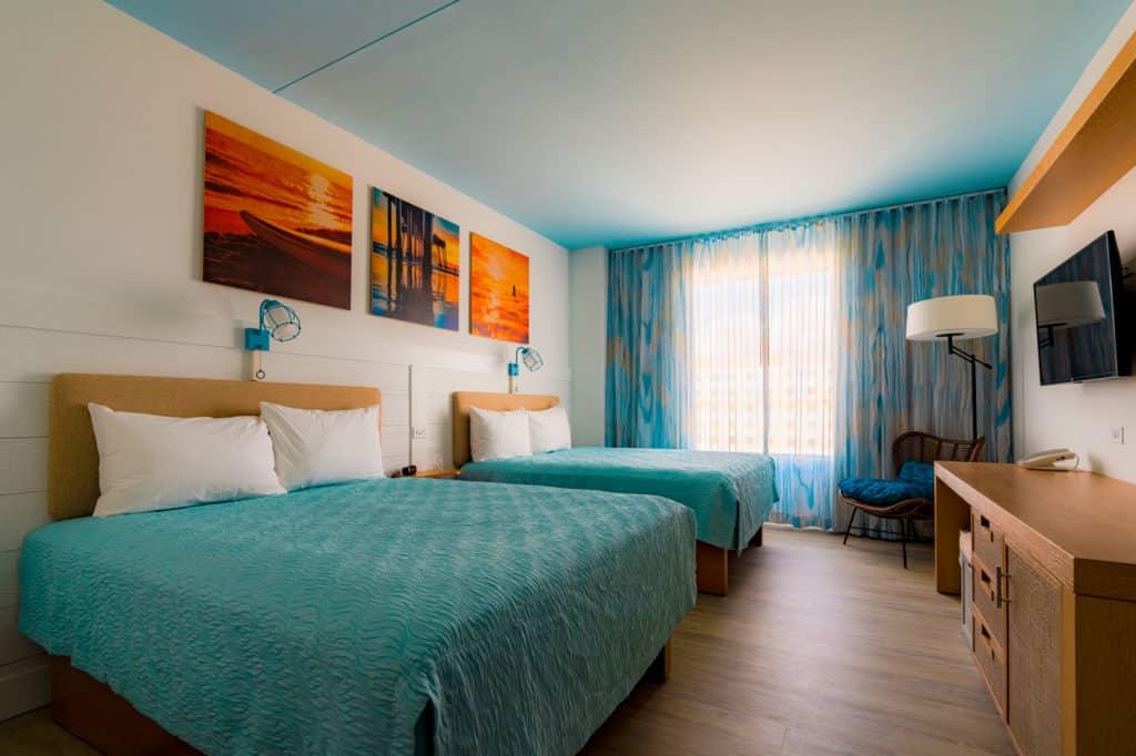 Dockside Inn and Suites room