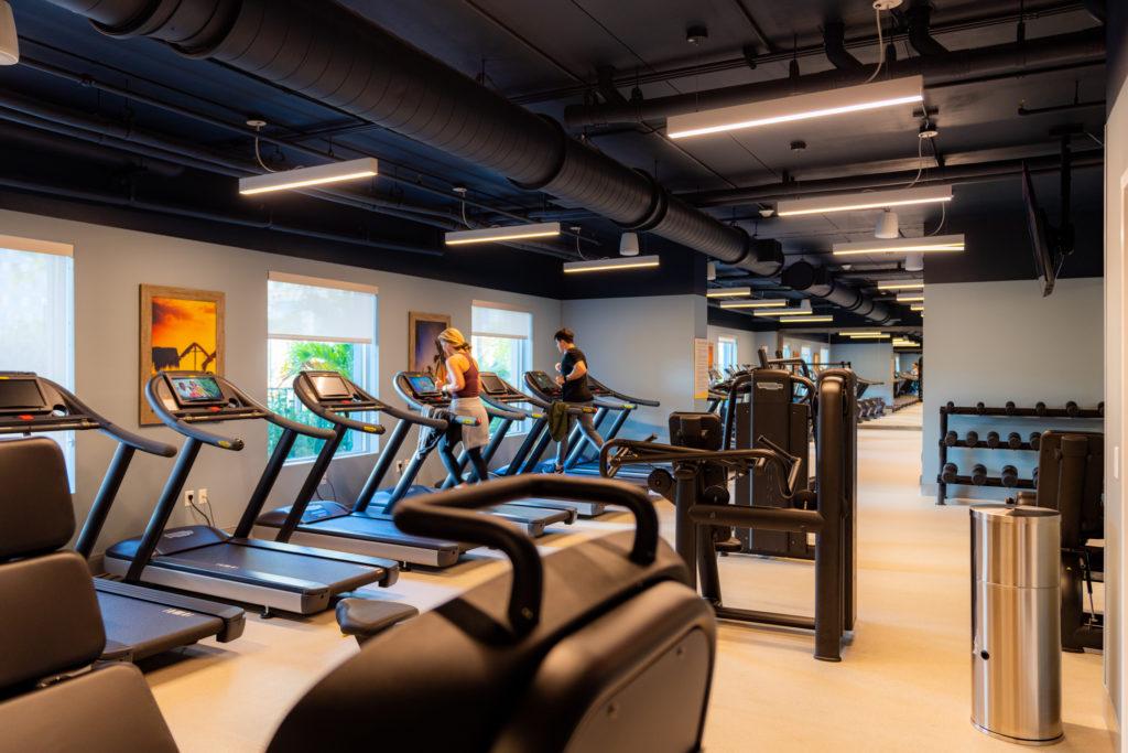 Dockside Inn and Suites's fitness center