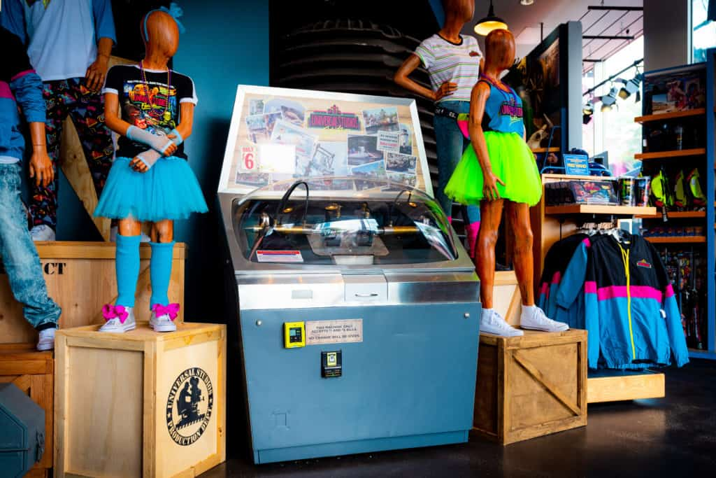 Jaws Mold-a-Rama at Universal Legacy Store