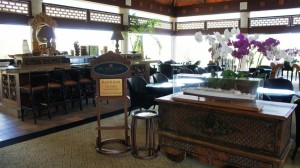 Orchid Court Lounge in Loews Royal Pacific Resort at Universal Orlando