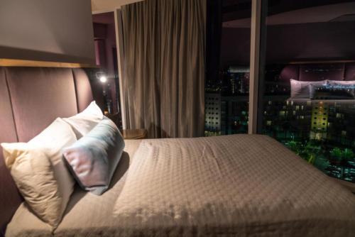 Deluxe room at Universal's Aventura Hotel